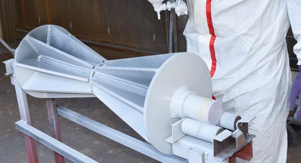 塗装、表面処理加工により耐食性耐摩耗性の向上